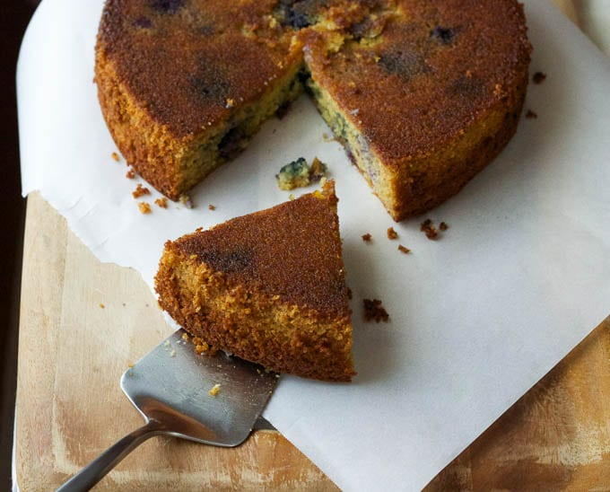 Blueberry Olive Oil Cake {gluten-free, dairy-free, refined sugar-free} | saltedplains.com
