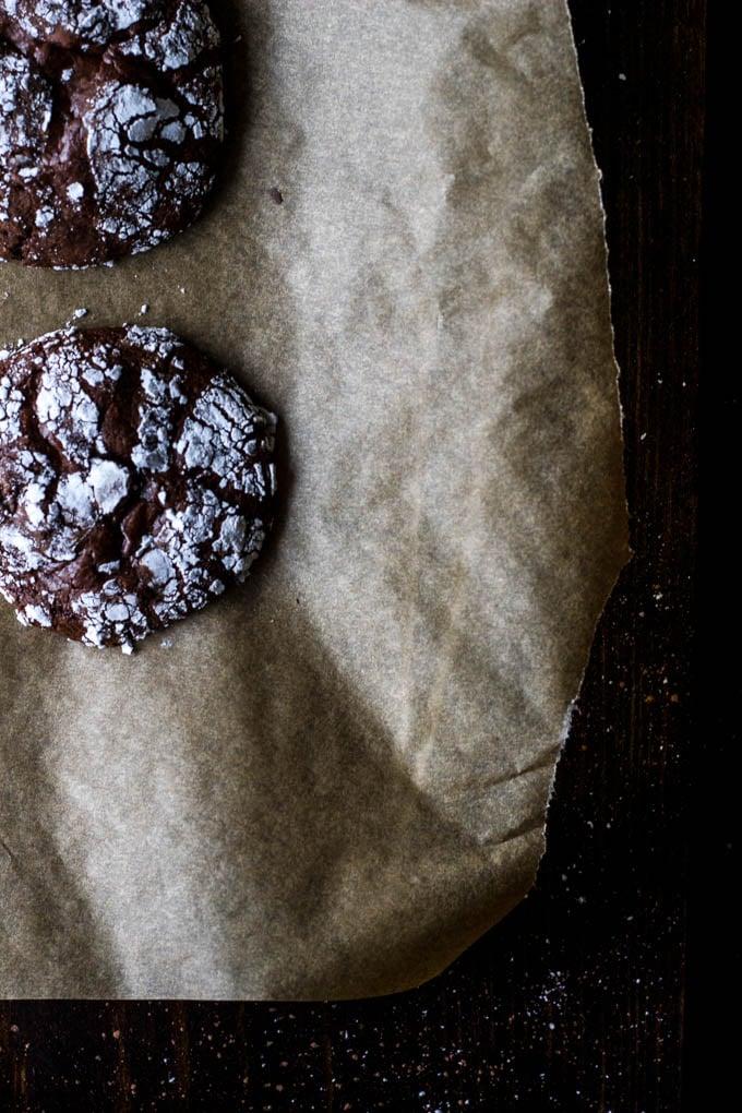 gluten-free dark chocolate crinkle cookies-9