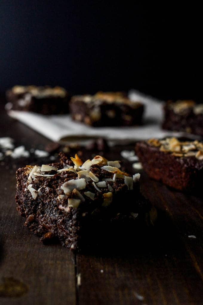 German Chocolate Cookie Bars #glutenfree #vegan #paleo | saltedplains.com