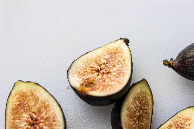 Olive Oil Cupcakes with Figs and Honey #glutenfree #dairyfree | saltedplains.com