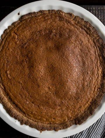 Carrot Pie with Walnut-Oat Crust (gluten-free, dairy-free, refined sugar-free)  saltedplains.com