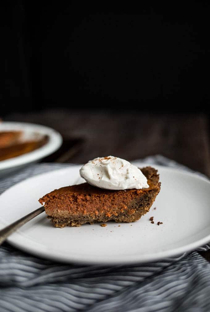 Carrot Pie with Walnut-Oat Crust (gluten-free, dairy-free, refined sugar-free) | saltedplains.com