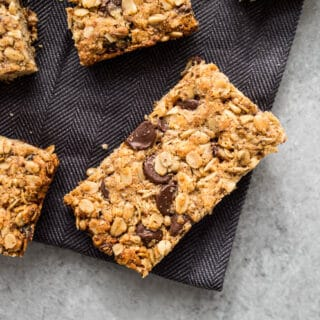 Healthy Gluten-free Chocolate Chip, Cranberry, and Sunflower Seed Granola Bars (dairy-free, refined sugar-free) | saltedplains.com
