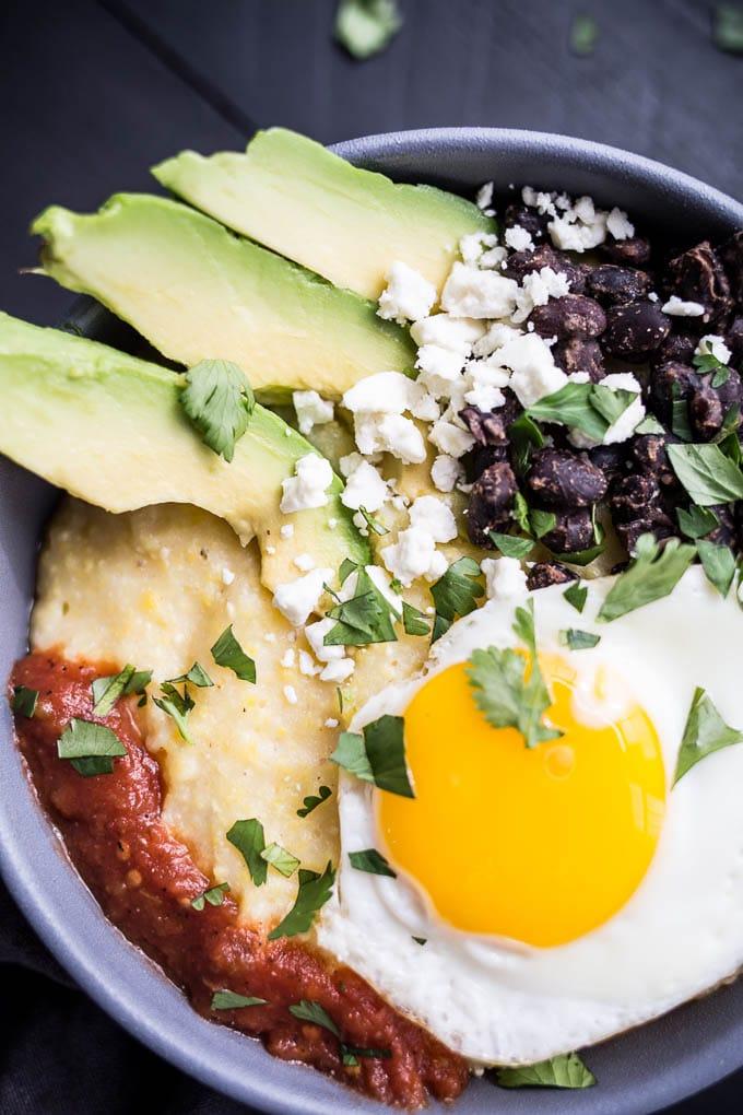 Huevos Rancheros Polenta Bowls (gluten-free) | saltedplains.com