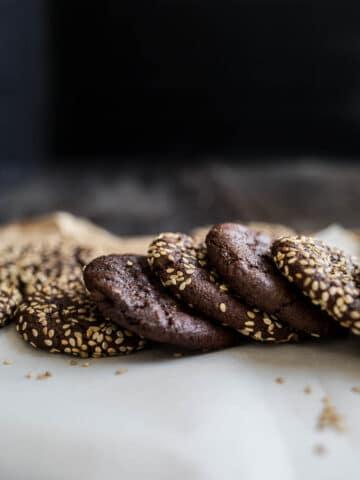 Chocolate Tahini Cookies (gluten-free, vegan)   saltedplains.com