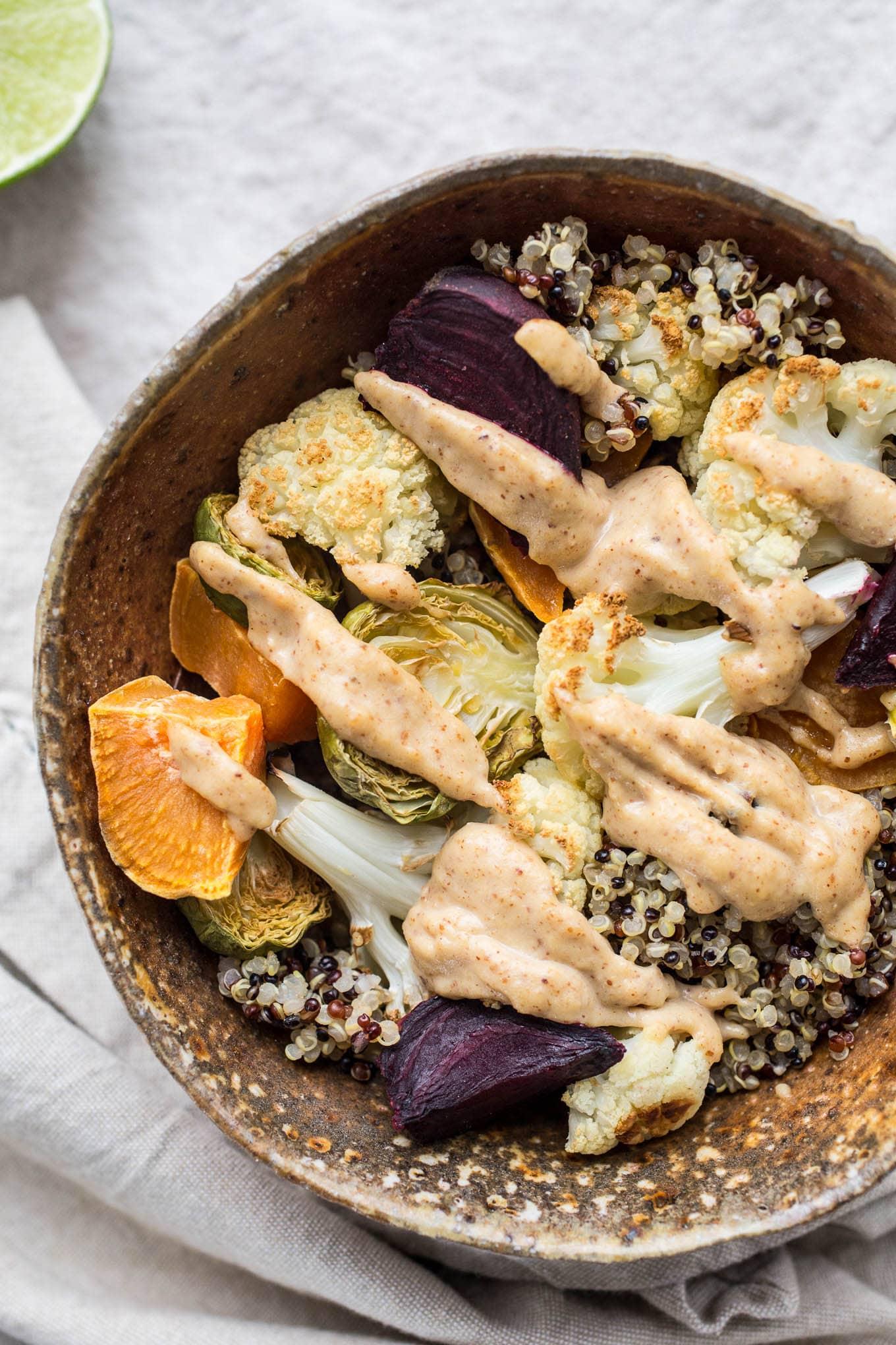 vegetarian bowl with sauce