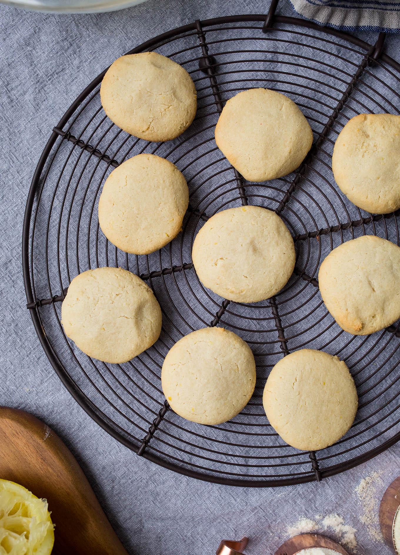 Lemon Butter Cookies (gluten-free) | saltedplains.com