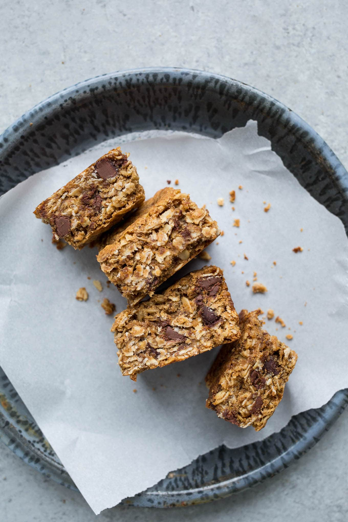Gluten-Free Oatmeal Chocolate Chip Bars (Vegan) – Salted Plains