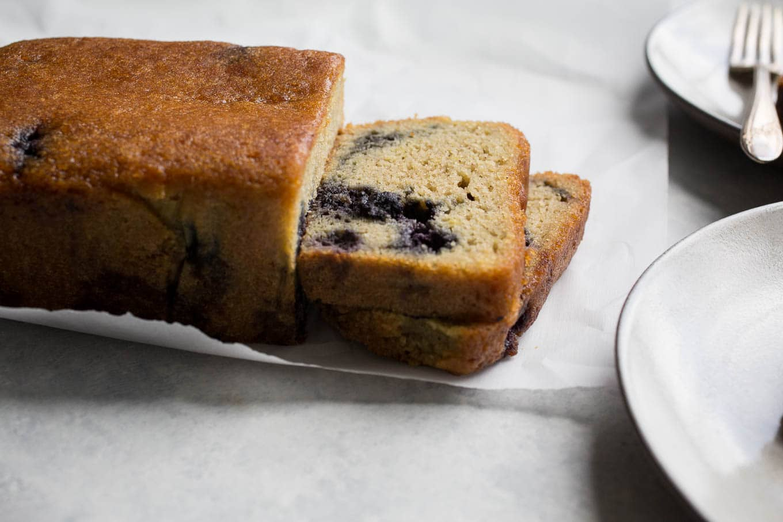 Lemony Almond-Blueberry Cake (gluten-free, dairy-free) | saltedplains.com