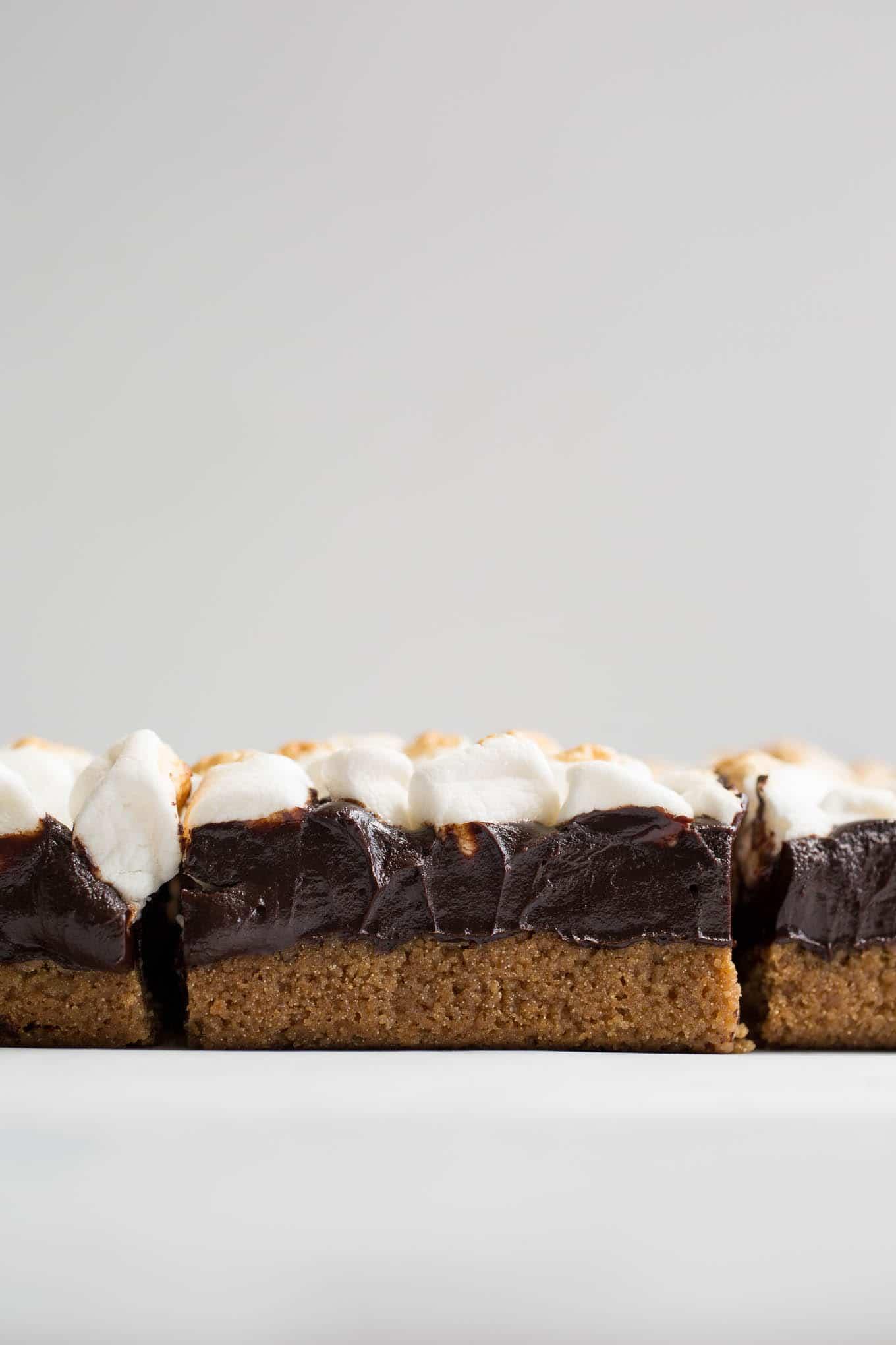 Gluten-Free S'mores Bars (Vegan) | saltedplains.com