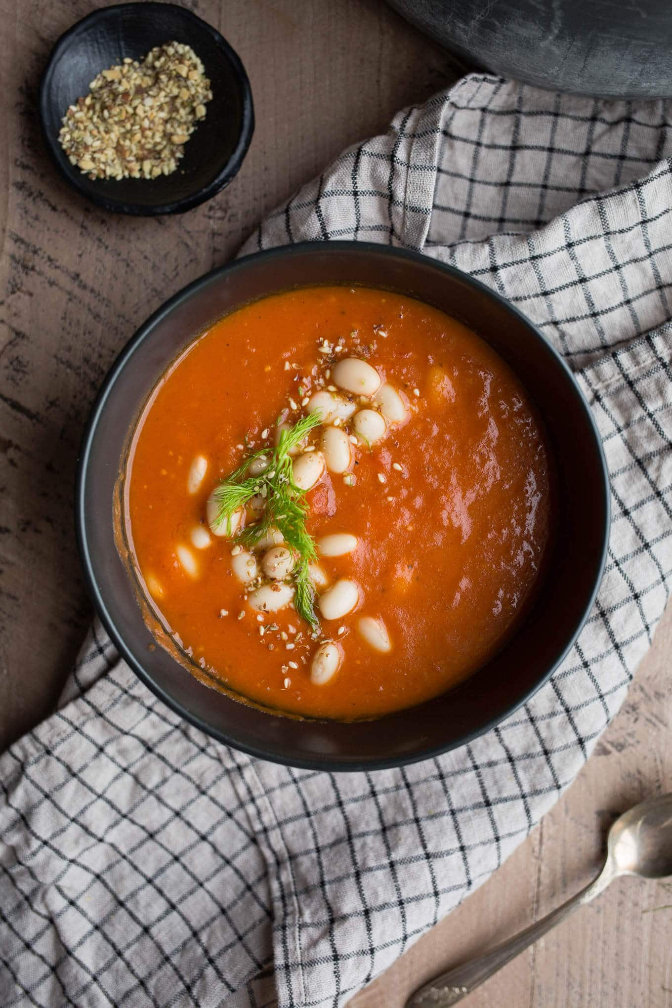This Roasted Fennel and White Bean Tomato Soup recipe makes for an easy pantry meal. Pair it with salad, sandwiches, or enjoy on its own! Gluten-free, vegan.