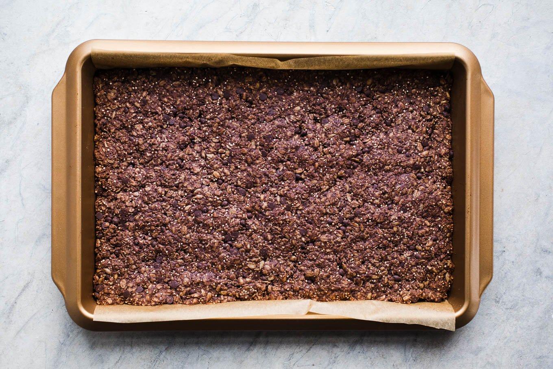 pan of baked granola bars