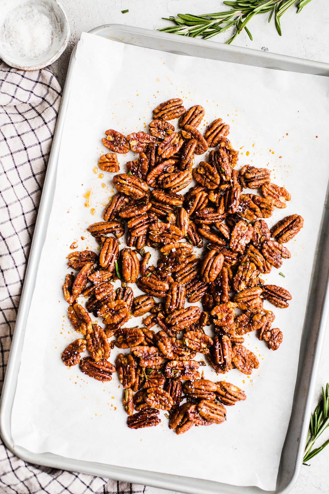Rosemary Maple Pecans