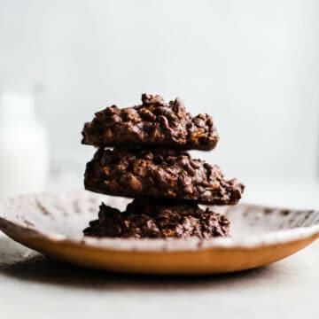 Chocolate Peanut Butter Breakfast Cookies