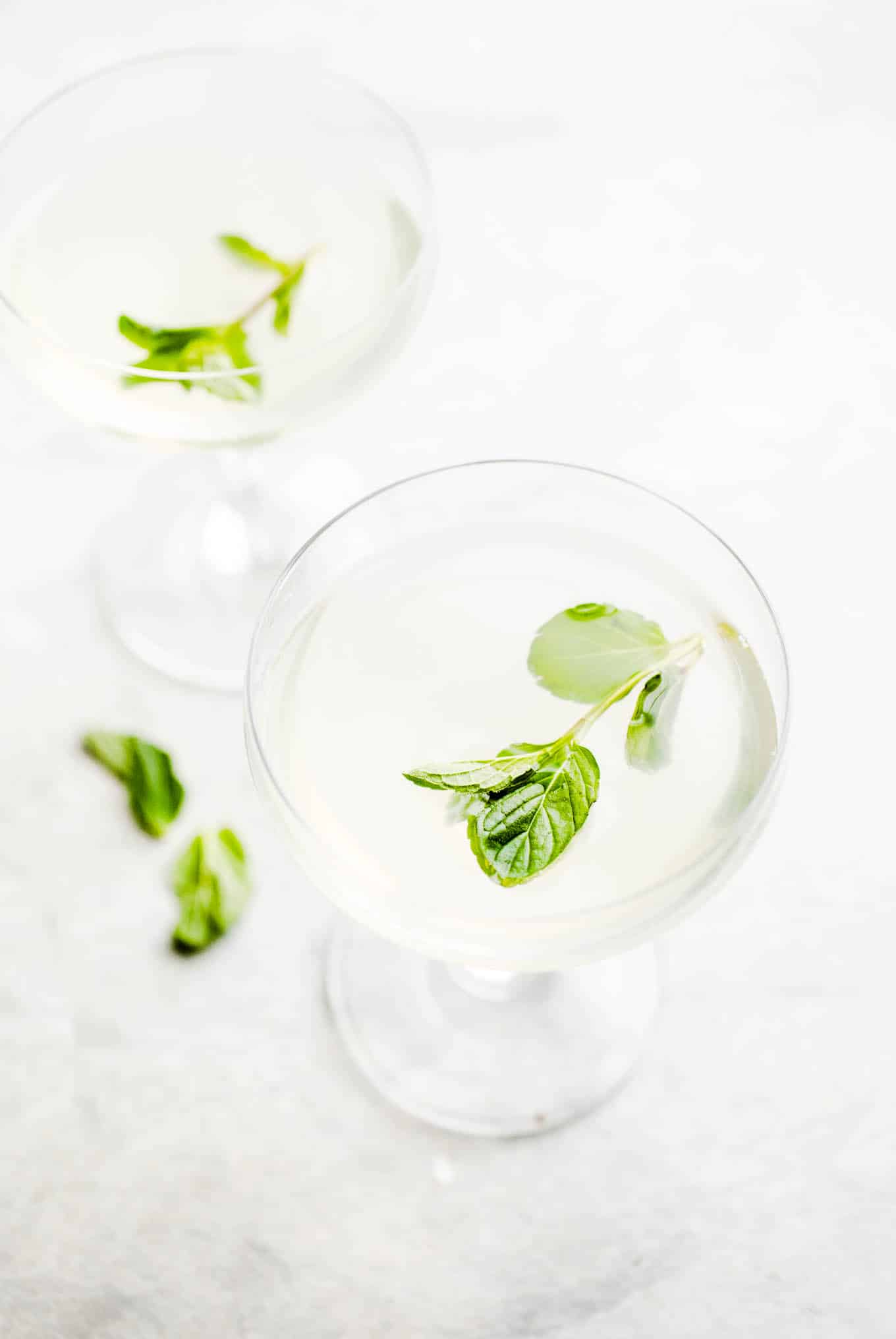 Gin Gimlet with Mint