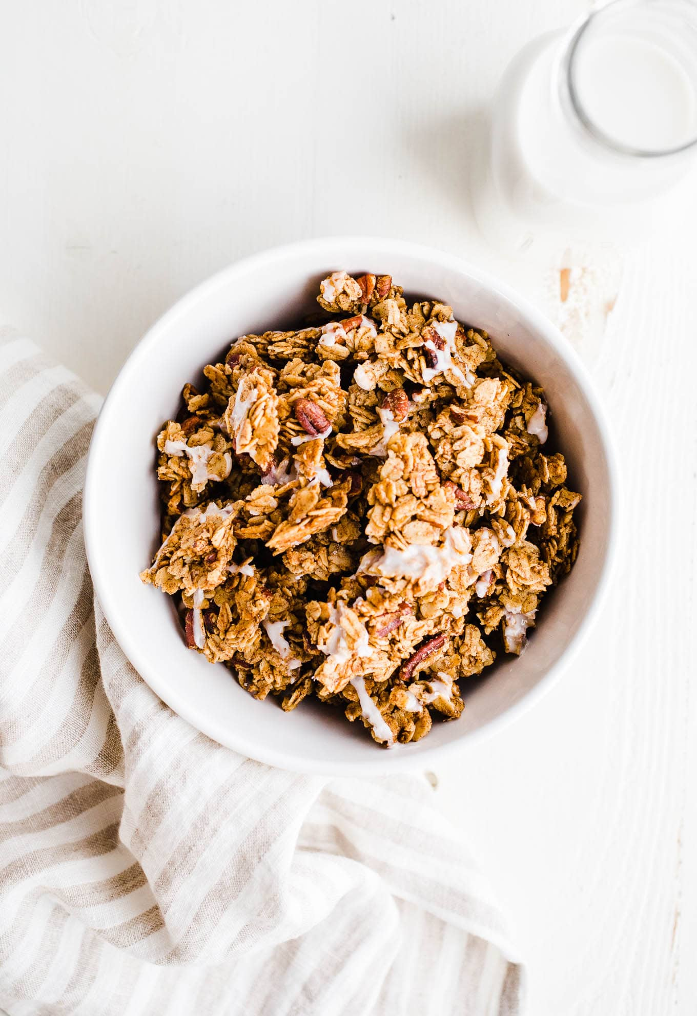 cinnamon roll granola