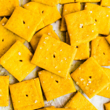 cheese crackers with sea salt