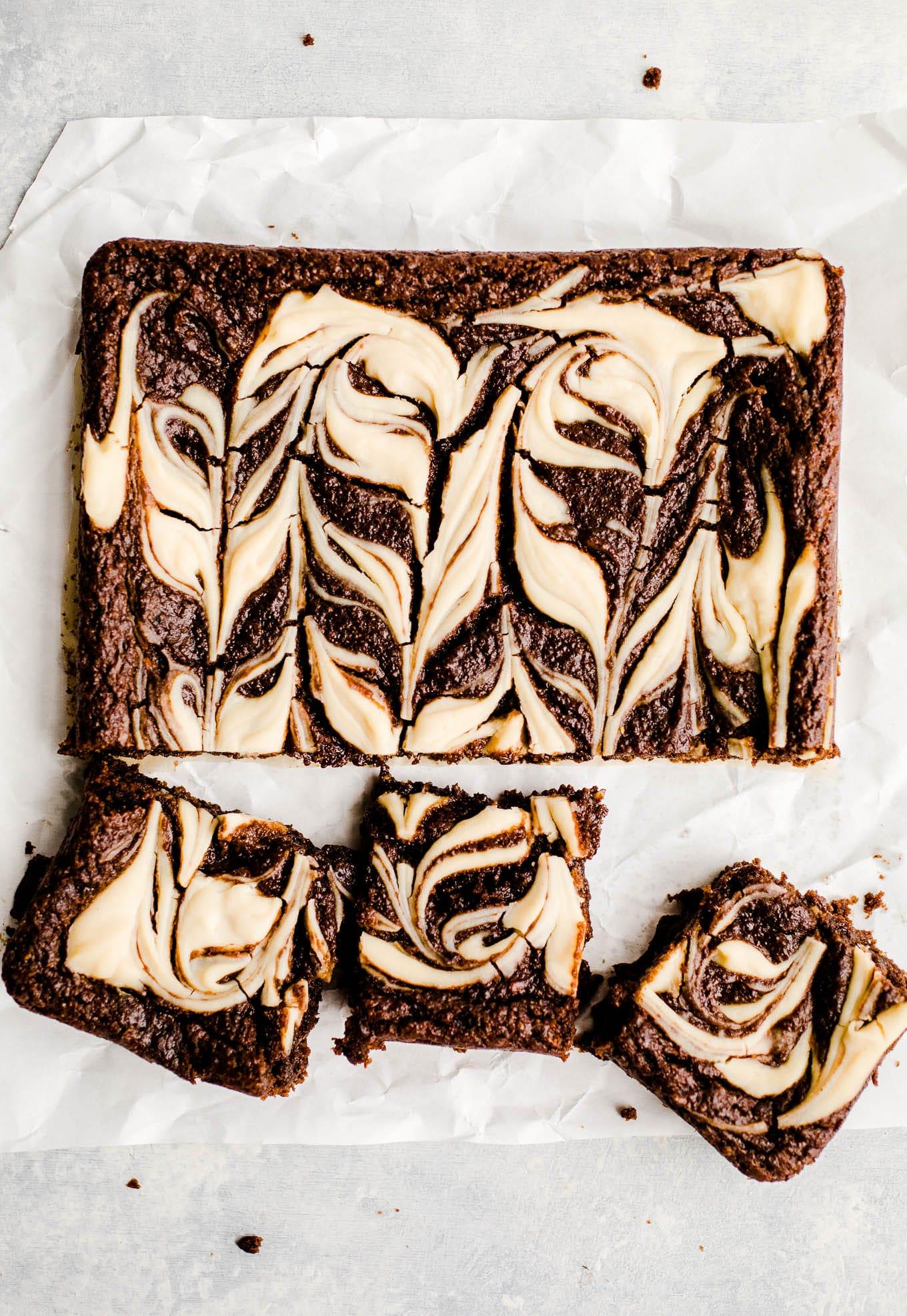 brownies with white swirls