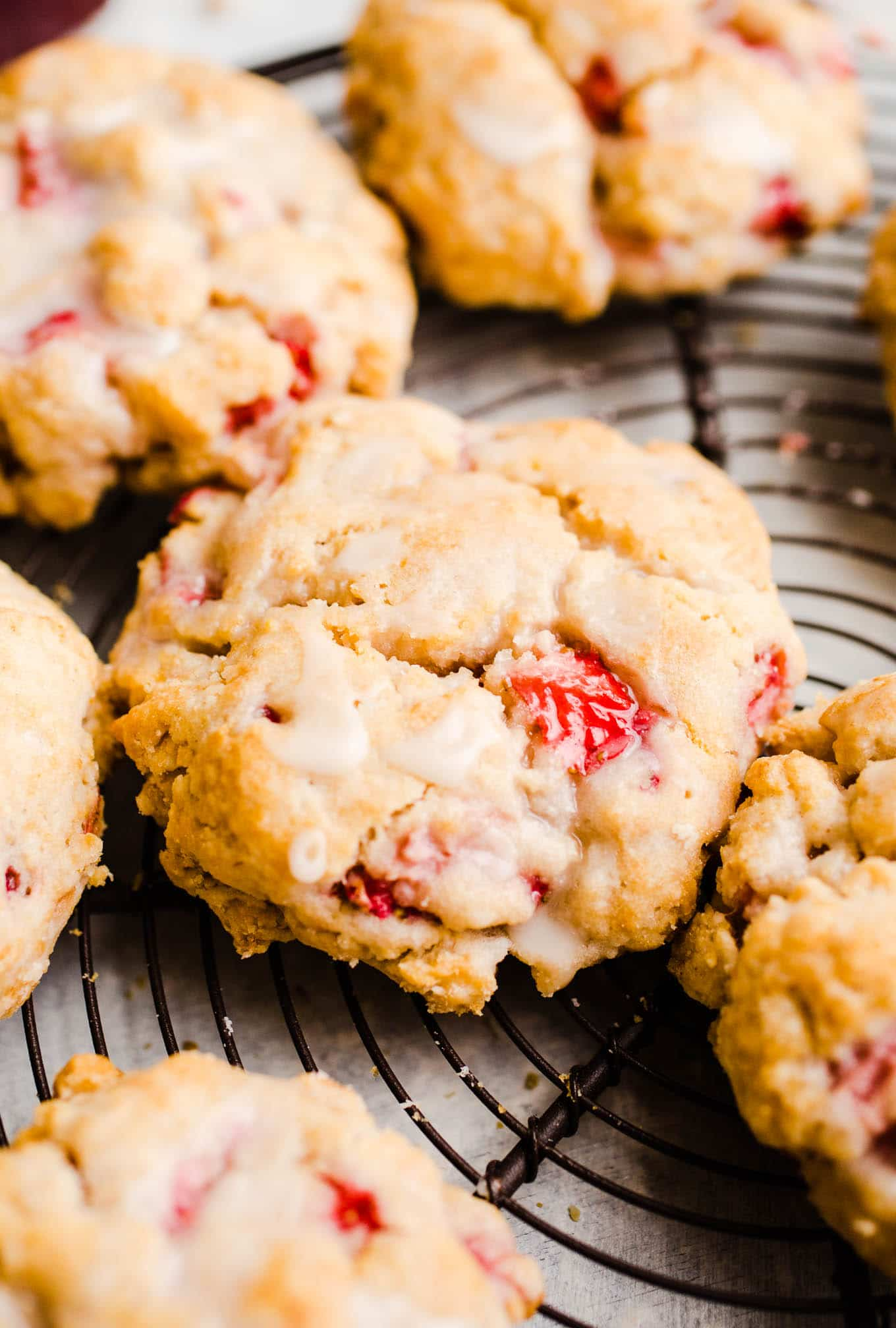 biscuits with strawberries