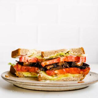 blt sandwich on plate